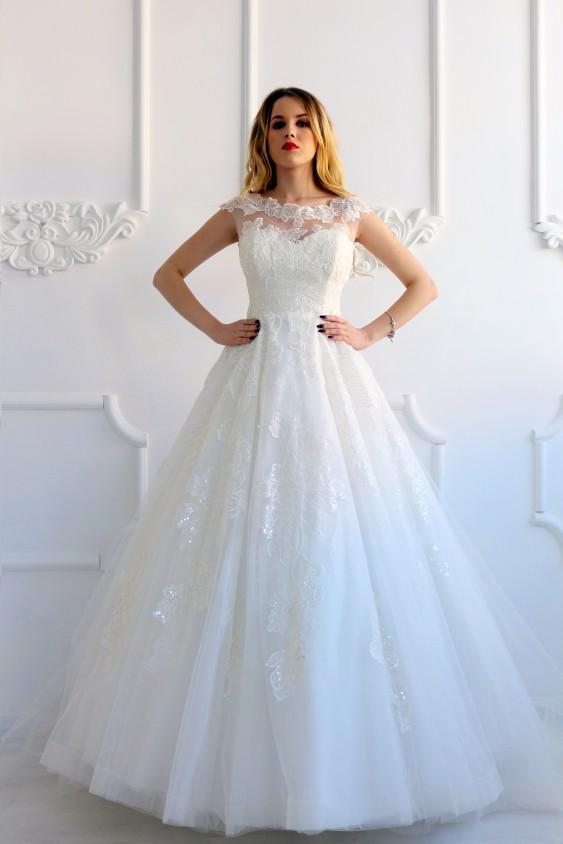 Салон весільних суконь Анна Шарм  857a95d9cf234