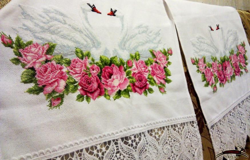 Вышивка рушника на венчание - техника квиллинг, бумагокручен.