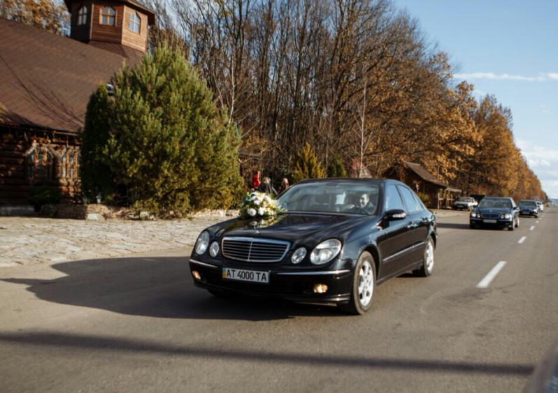 aa75d70f12173d Mercedes-benz - Весільний кортеж | Івано-Франківськ