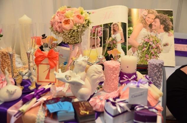 Бизнес по продаже свадебных аксессуаров некоторому удивлению