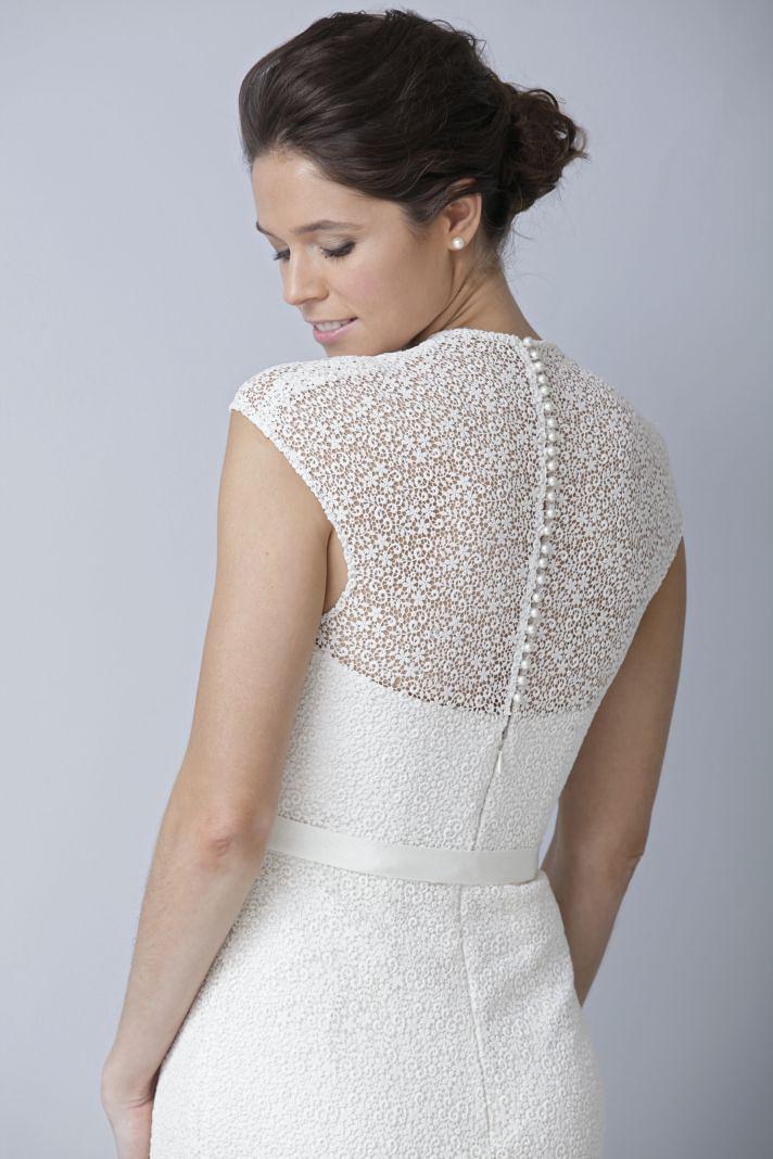 Theia couture цікаве кружево та ґудзички